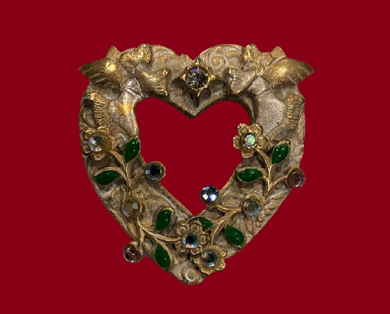 Signed Kerissa vintage costume jewelry