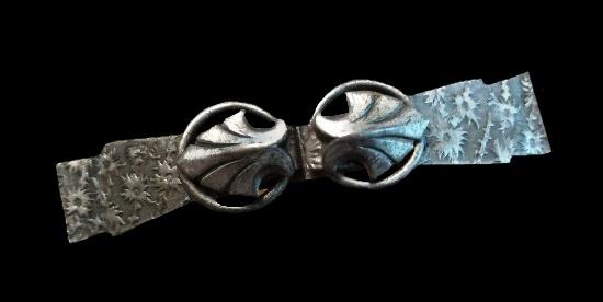 Art Deco silver tone bow scarf clip