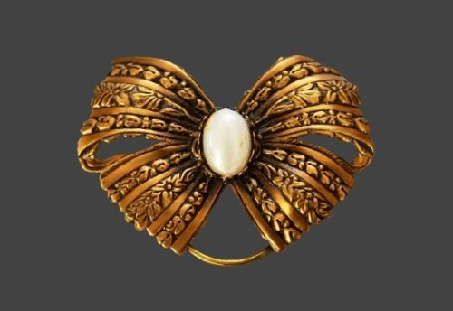Signed Jeri-Lou vintage costume jewelry
