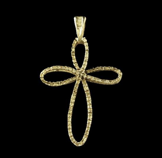 Cross pendant. Sterling silver, diamonds