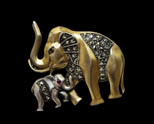 Elephant mother and baby sterling silver marcasite brooch