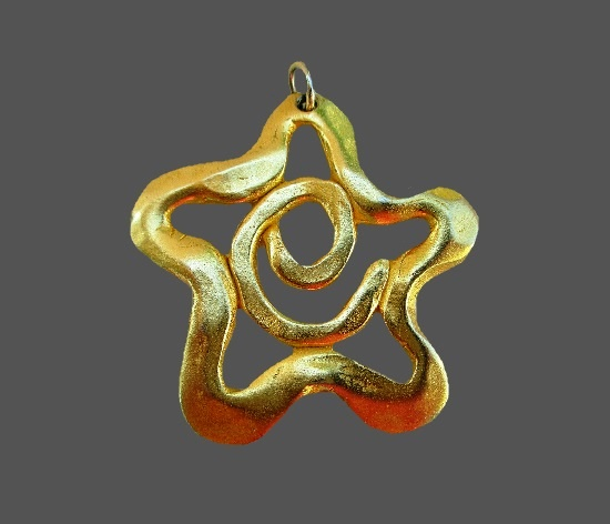 Five pointed star gold plated pendant