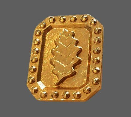 Framed oak leaf gold tone brooch