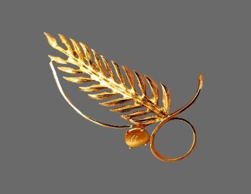 Leaf steam vintage brooch. 925 Sterling silver, 12K gold plated, tiger's eye gem