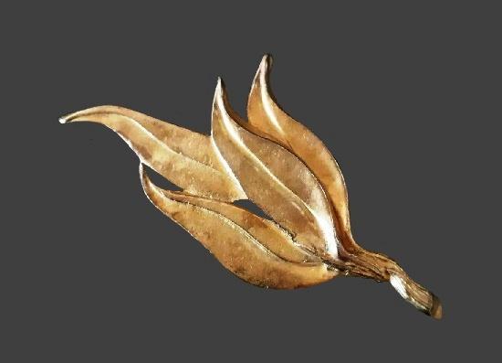 Leaves bronze tone brooch. 10 cm