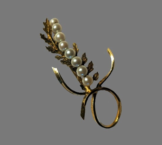 Pearl and leaf design brooch pin. Sterling silver, gold plated