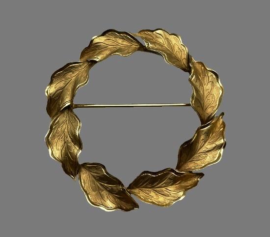Wreath leaf design 12 K gold filled brooch pin