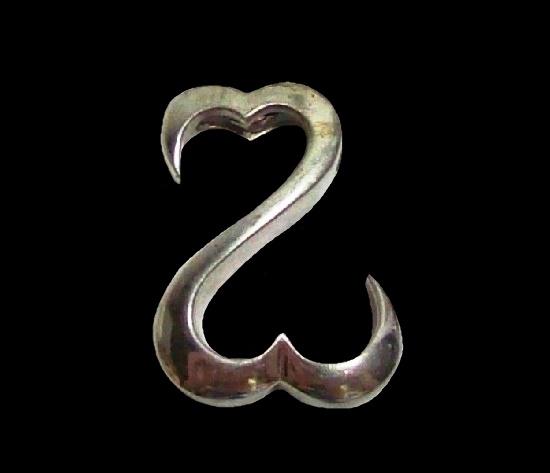 Z shaped double heart sterling silver pendant