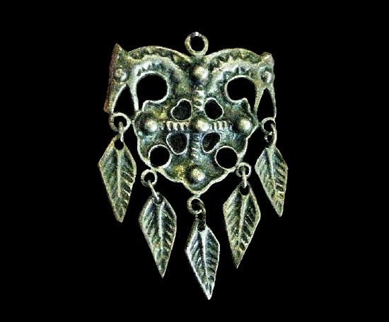 Double horse head voking cross dangle leaf charms pendant. 1969