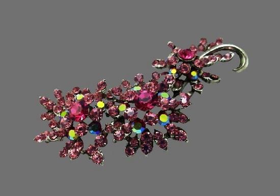 Floral spray vintage brooch. Silver tone, rhinestones
