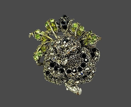 Gorgeous rose flower brooch pendant. Silver tone alloy, multicolor crystal