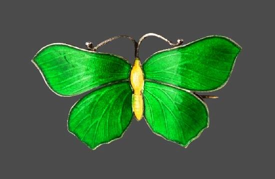 Green butterfly brooch. Sterling silver, enamel. 3.2 cm. 1920s