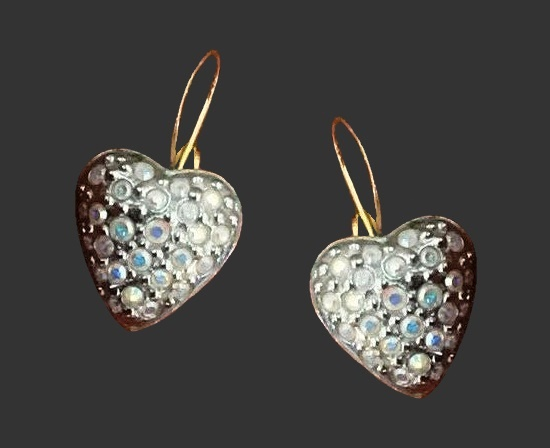 Heart shaped earrings. Silver plated, rhinestones