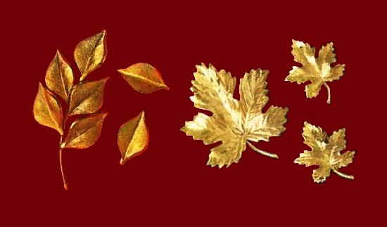 Leaf design 12 K gold set of brooches and earrings. 1970s