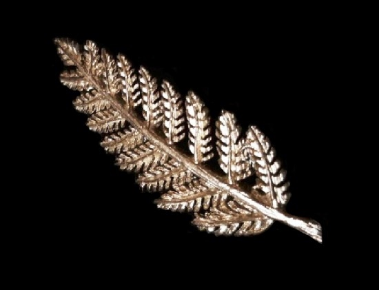 Leaf sterling silver brooch
